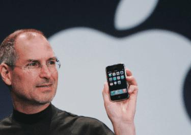 Apple hiện đang là công ty đổi mới sáng tạo hay chỉ là cỗ máy in tiền?